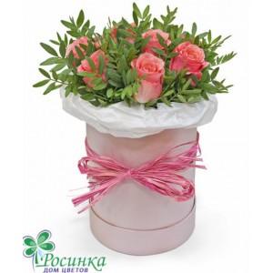 Розы в шляпной коробке №411