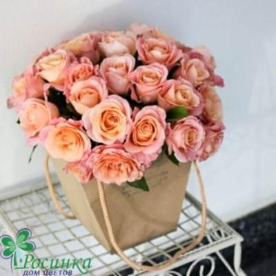 Розы в плайм упаковке №145