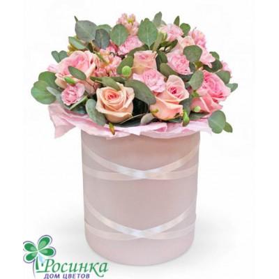 Розы в шляпной коробке №414